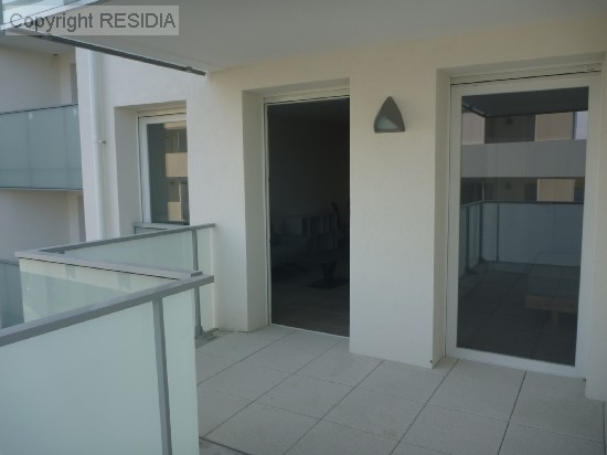 en location ST GENIS POUILLY appartement 2 pieces, 53m², a ST GENIS POUILLY